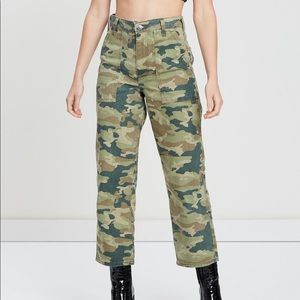 Free People Remy Camo Cropped Pants New 28